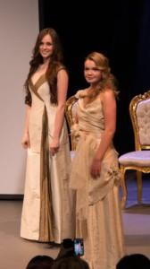 Antonia und Muriel auf der Modenschau